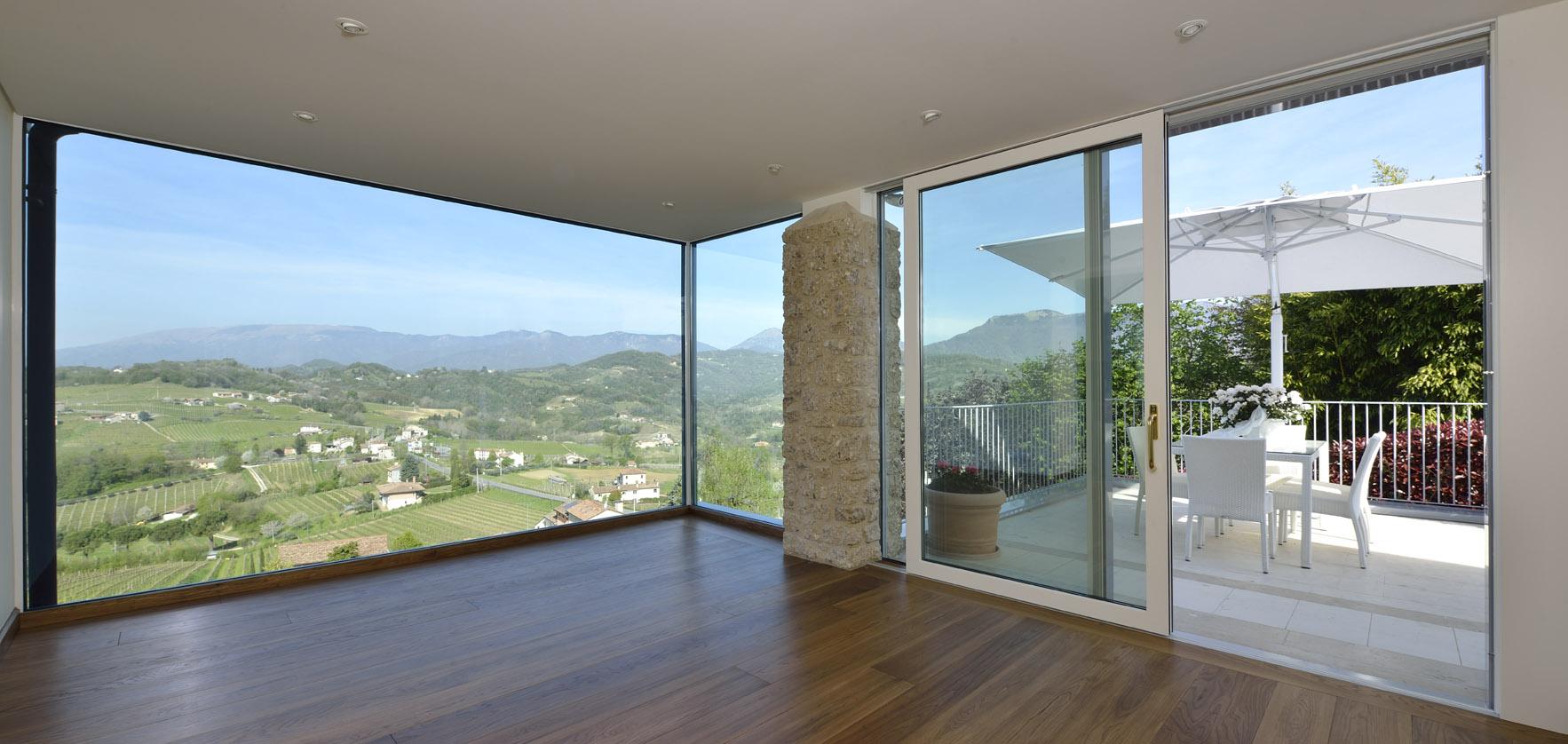 Serramenti in alluminio legno finestra design for Porta finestra alluminio prezzo